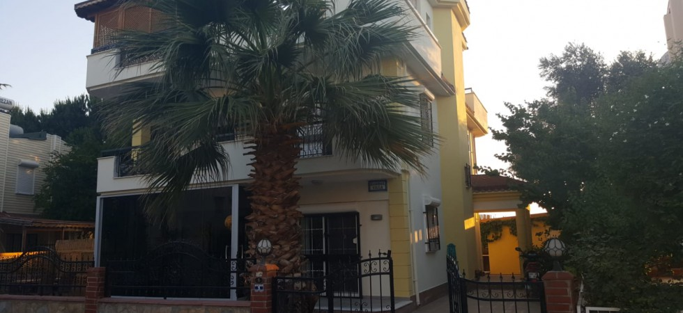 Yesilkent 4-bed villa